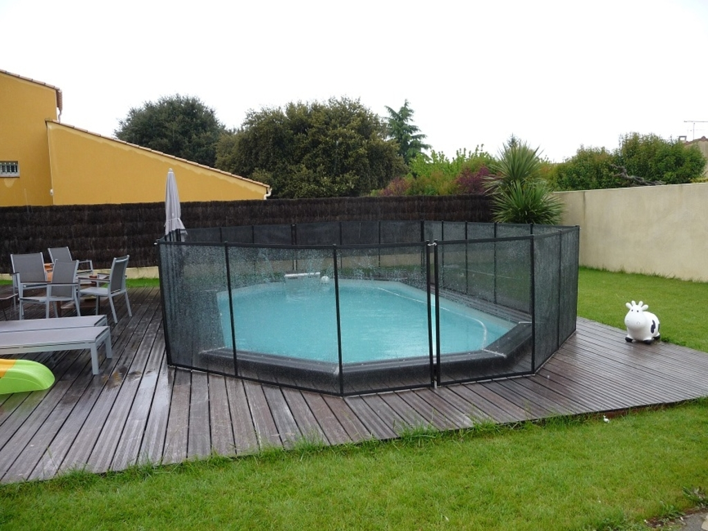 Barrieres piscines for Piscine fond mobile sans cable