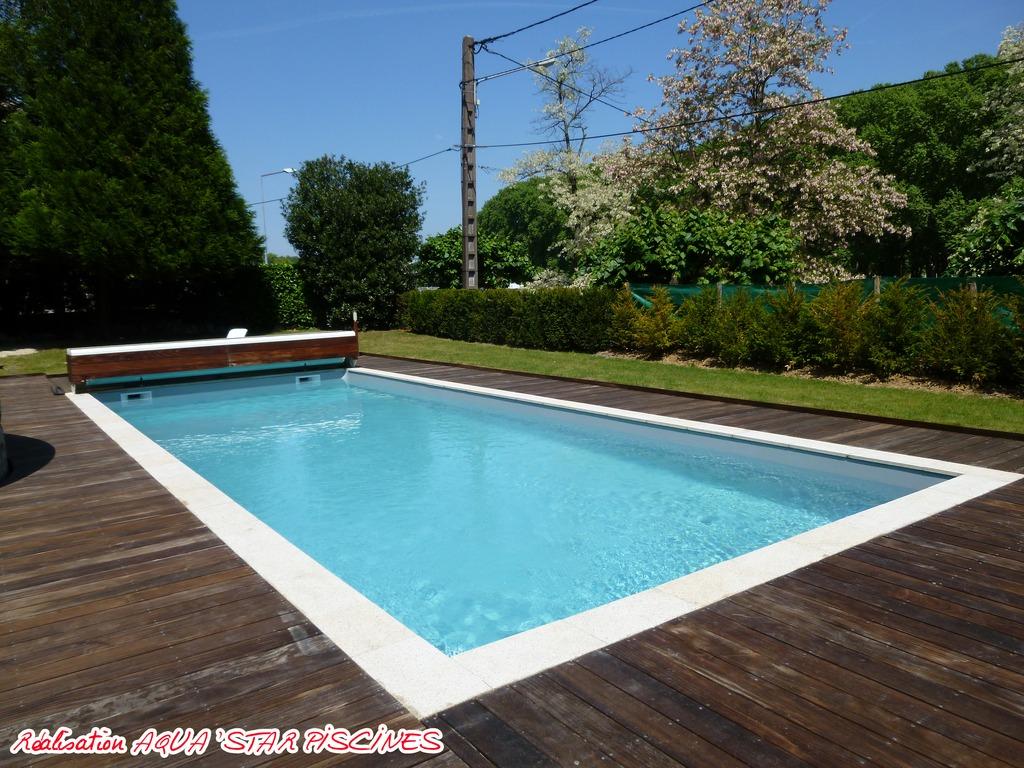 B ton traditionnelles aquastar piscines for Equipement piscine beton