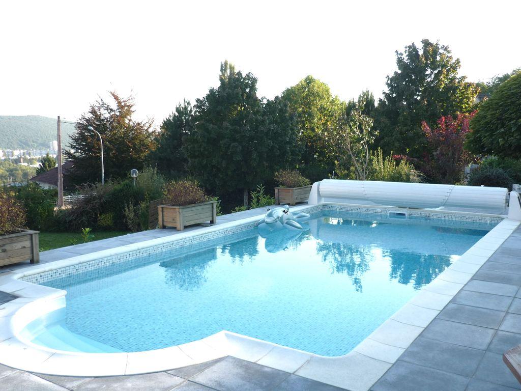 Polystyr ne b ton aquastar piscines for Piscine polystyrene