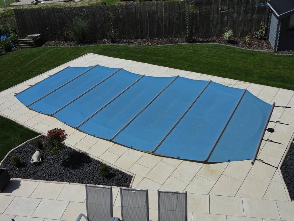 Couvertures barres aquastar piscines - Couverture a barre piscine ...